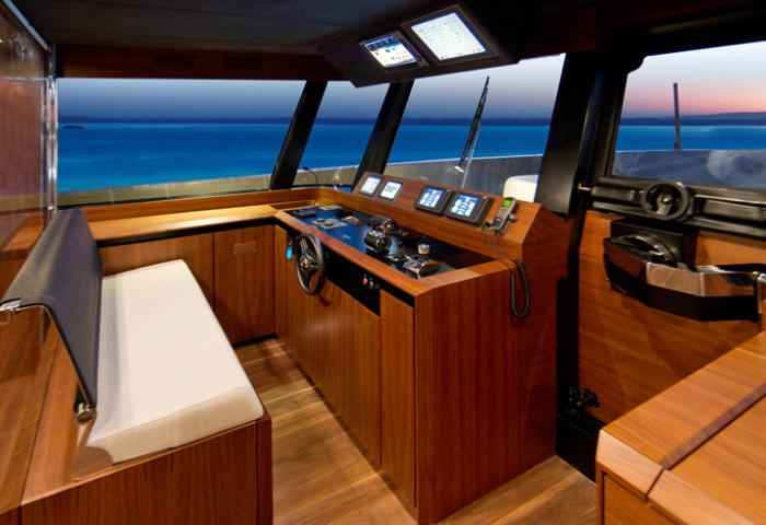 WallyKokoNut Yacht 7