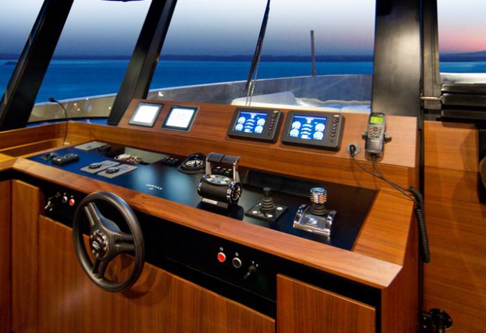 WallyKokoNut Yacht 8