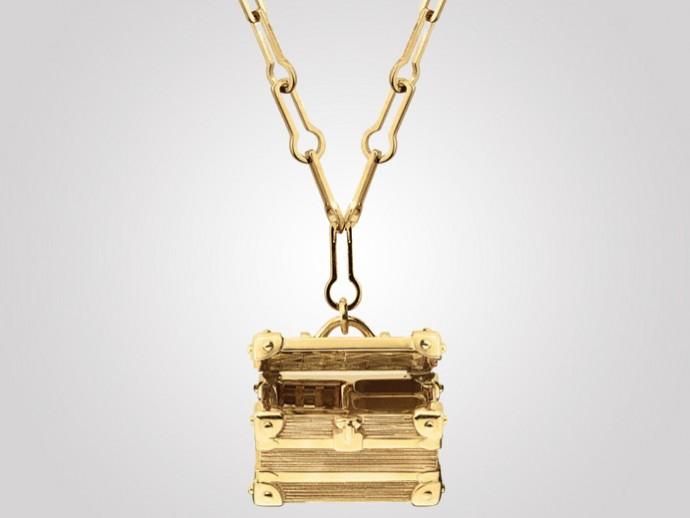 Louis Vuitton Trunk Charm 3