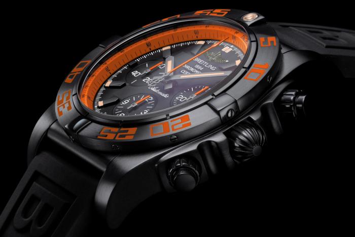 Breitling Chronomat Raven 44 1