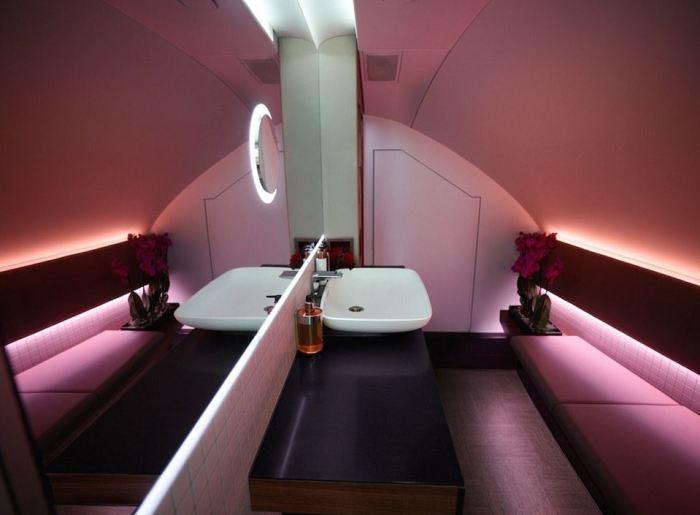 Qatar Airways A380 First Class Suites 8