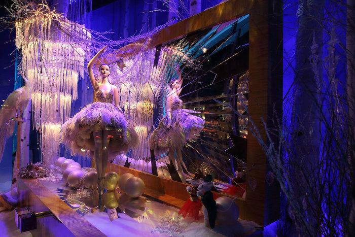 Harrods Christmas Windows 2014 - 1