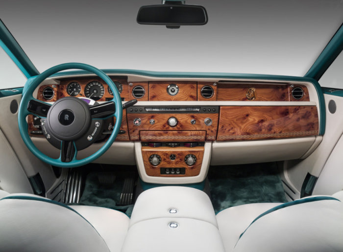 Rolls-Royce Maharaja Phantom Drophead 2
