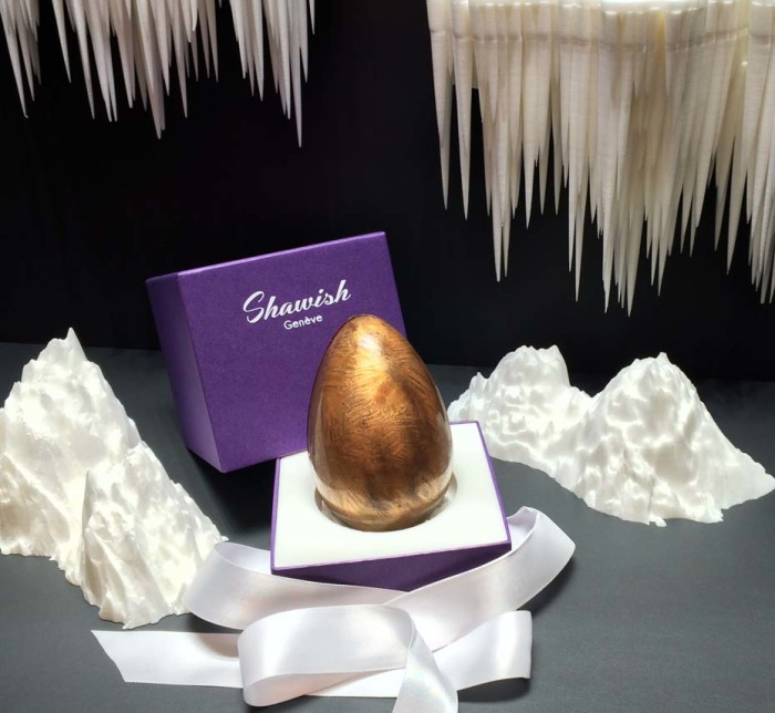 Shawish Christmas Surprise Chocolate Egg 3