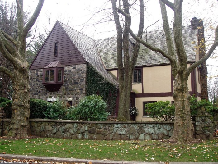 Staten Island Godfather Mansion 1