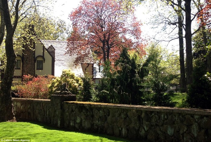 Staten Island Godfather Mansion 4