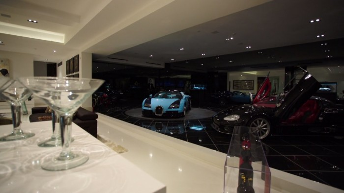 Markus Persson's Beverly Hills Mansion 13