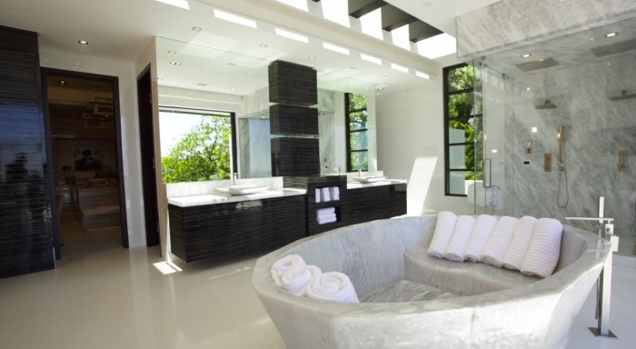 Markus Persson's Beverly Hills Mansion 5
