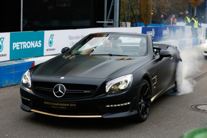 Mercedes-Benz SL63 AMG World Championship 2014 Collector's Edition 6