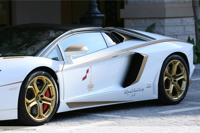 Gold Plated Lamborghini Aventador LP700-4 5