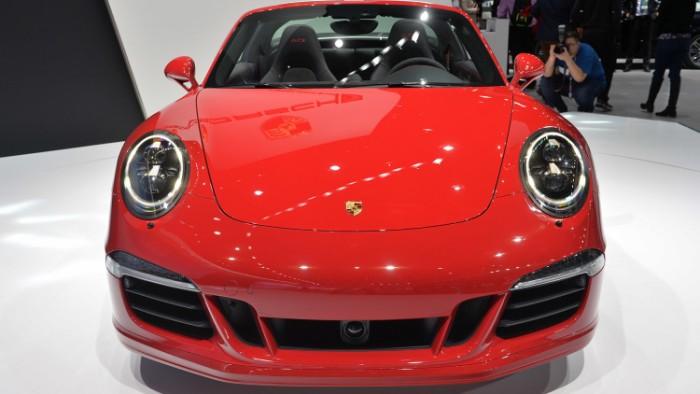 Porsche 911 Targa 4 GTS 3
