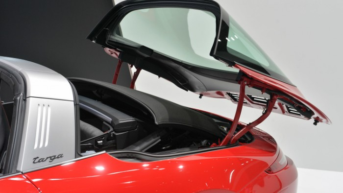 Porsche 911 Targa 4 GTS 7