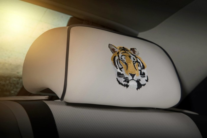 Rolls-Royce Bespoke Ghost Mysore Collection 6