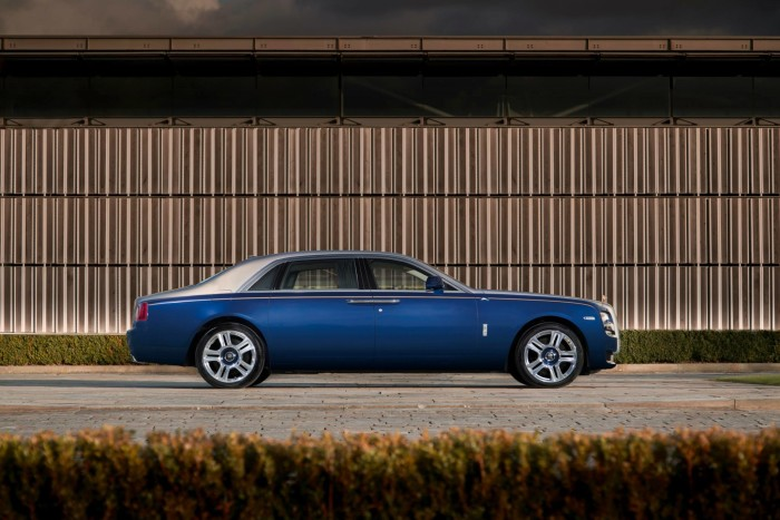 Rolls-Royce Bespoke Ghost Mysore Collection 7