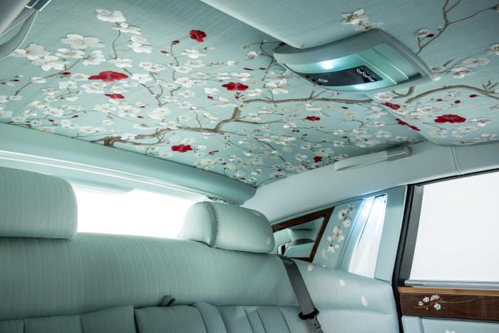 Rolls-Royce Serenity 8