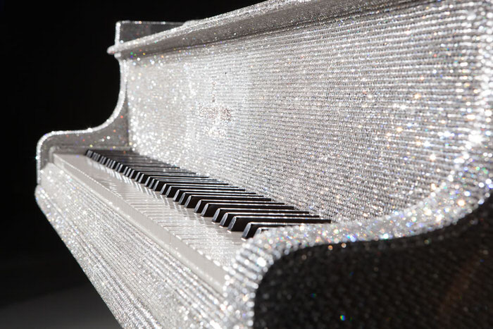 Goldfinch Swarovski Piano