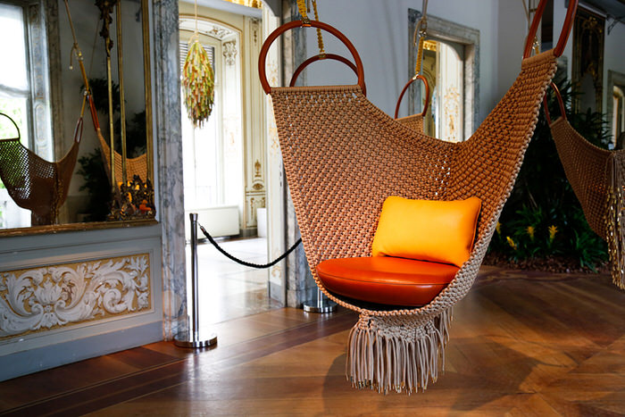Objets Nomades Patricia Urquiola Swingining Chairs