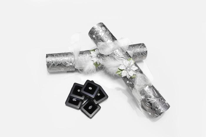 Diamond Christmas Crackers