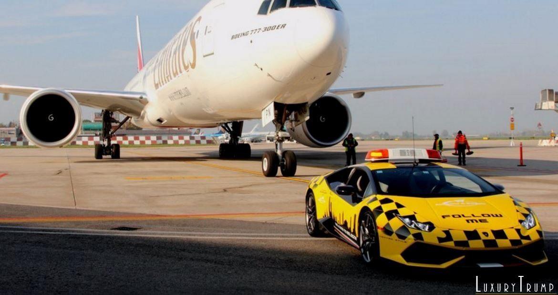 Lamborghini Huracan Follow Me Bologna