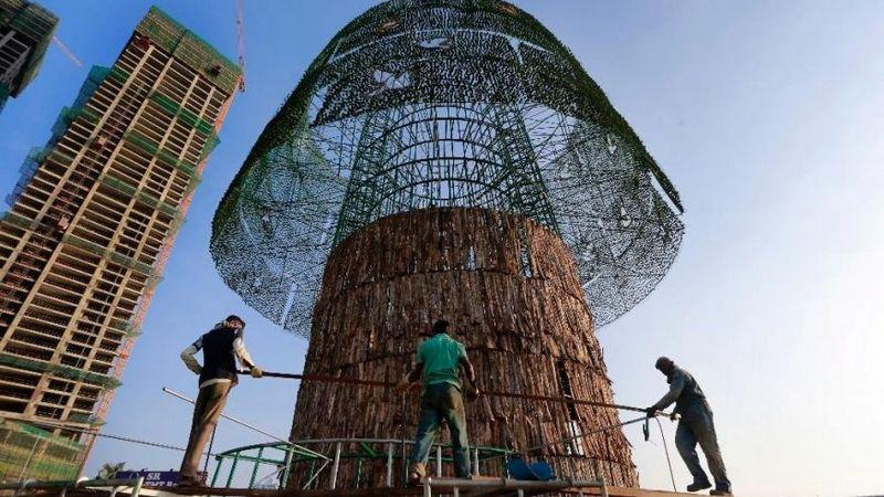 Tallest Artificial Christmas Tree Sri Lanka