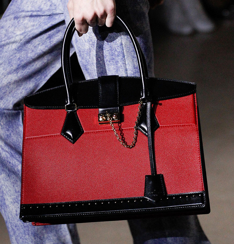 Familiar Handbags Presented With New Twists At Louis Vuitton