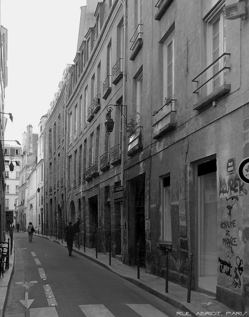Iconic Location - Rue Abriot, Paris
