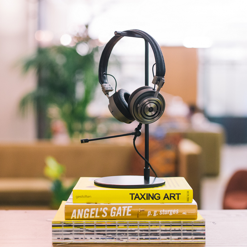 Master & Dynamic MH30 Headphones