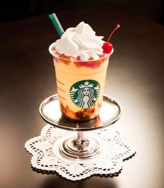 Starbucks Purin A la Mode Pudding Frappuccino