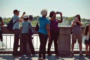 Tourist boom colombia