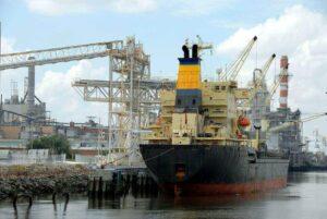 free trade agreement australia peru