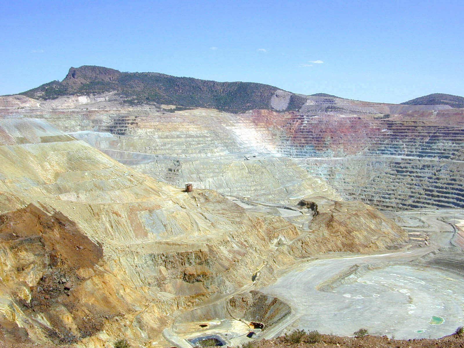 Oportunidades mineras en Perú para empresas mineras junior y METS