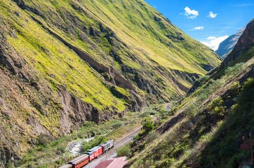 Investment Opportunities and Destinationsin Ecuador