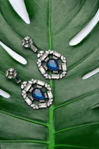 Pictures of sapphires, which are one very popular Precious Gems in Australia