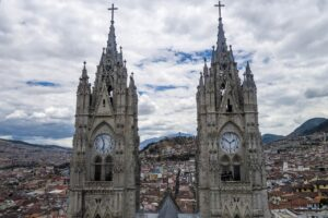 Quito, Ecuador: commercial hub of the country where many choose to form a company and begin their operations