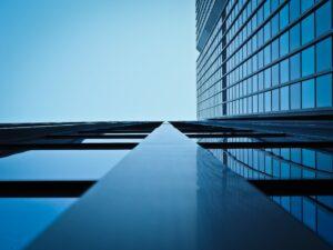 Edificios para oficinas con representante legal en Perú