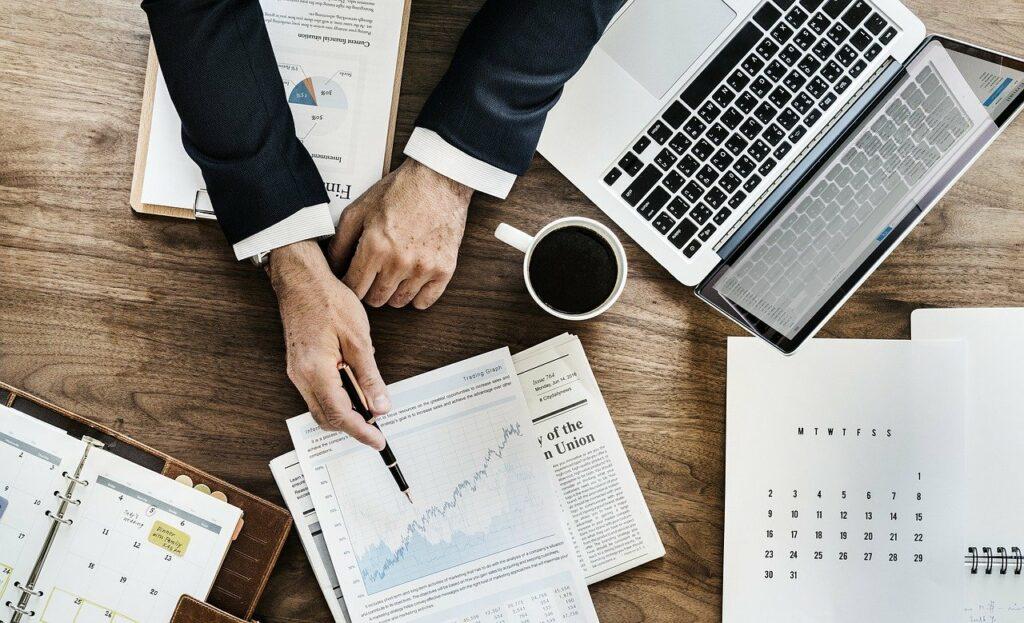 A company legal advisor explains corporate compliance in Panama