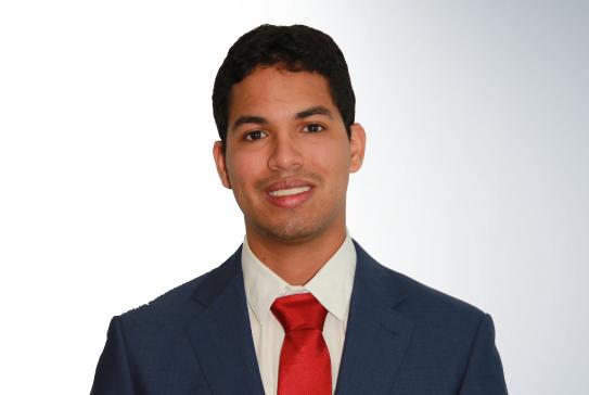 Conozca al Equipo: Arturo Batista, Abogado Corporativo en Panamá