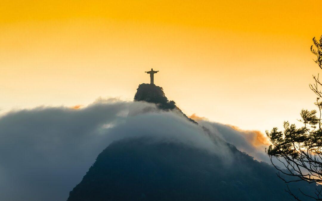 Monte sua Estratégia de Entrada de Mercado no Brasil