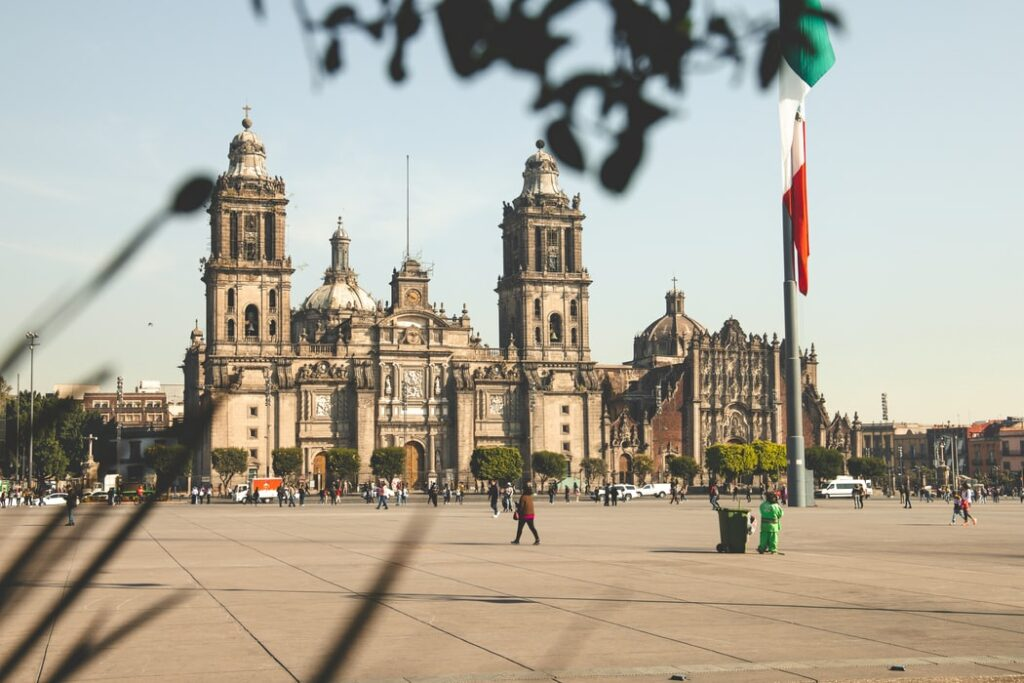 An image of Mexico City Metropolitan Cathedral to accompany PTU in Mexico article