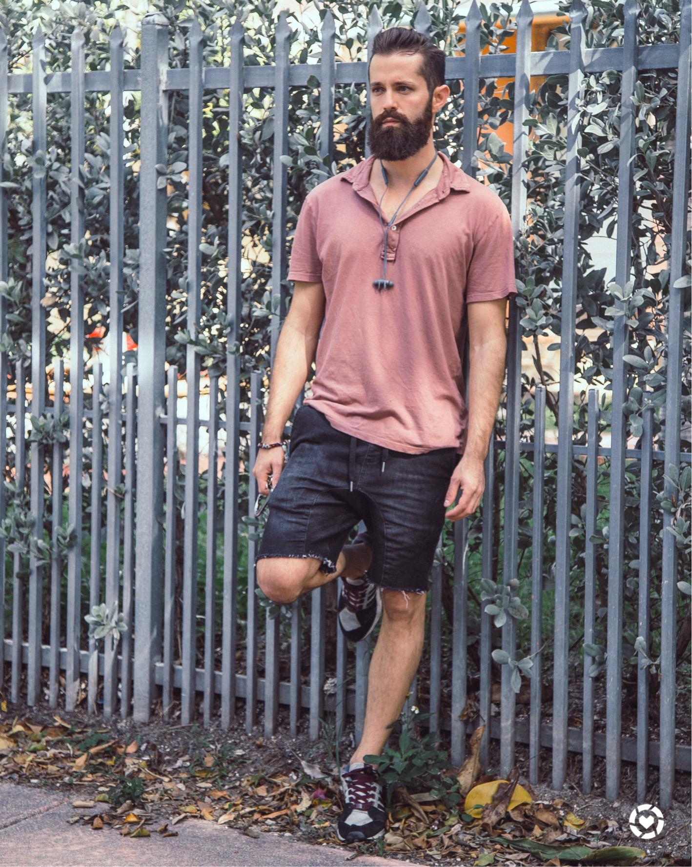 Men's Streetwear Look 009 Miami Beach