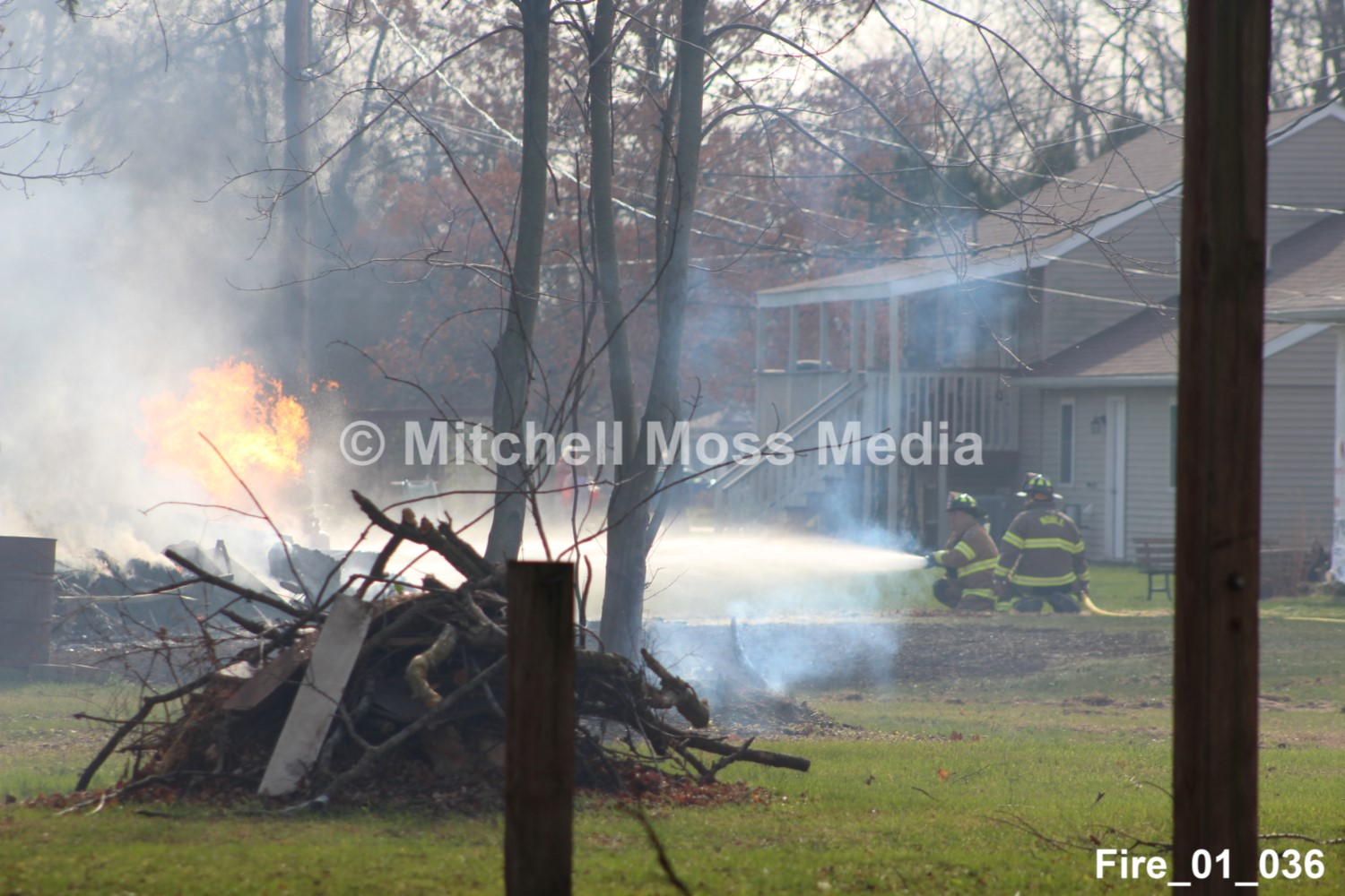 Structure / Forest Fire in Kingsford Heights – 11/19/2020