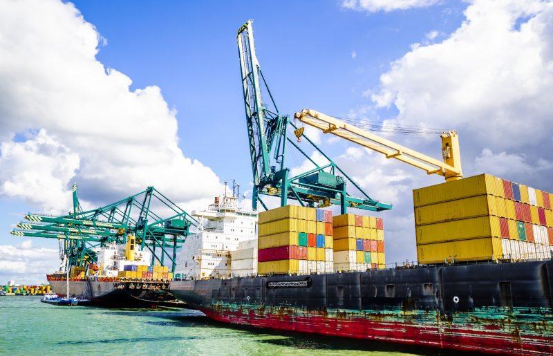 haven van antwerpen, ontladen van schepen