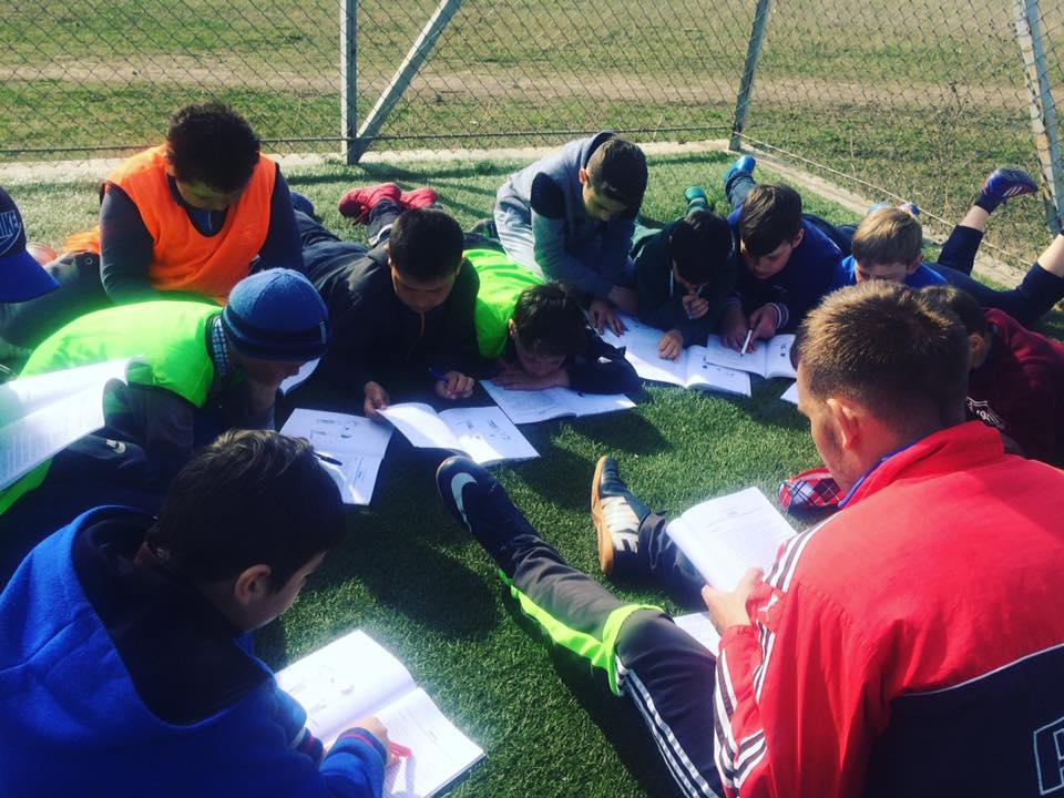 Gheoghe Moldovan - studiu biblic pe stadion