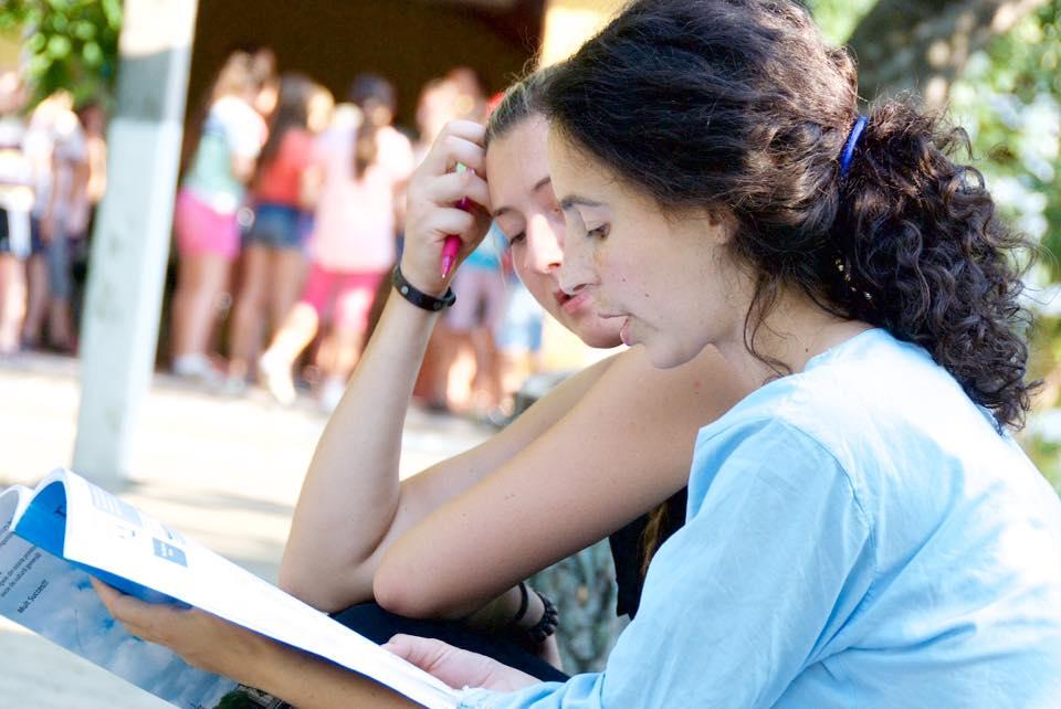 Liza Bîrlădeanu, cursuri de limbă engleză Lăpușna, contacte