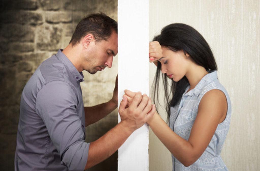 Tenter de convaincre son conjoint dans l'éducation de son enfant : Bonne ou mauvaise idée ?