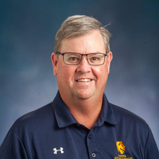 Dr. Clay Bolton Headshot.