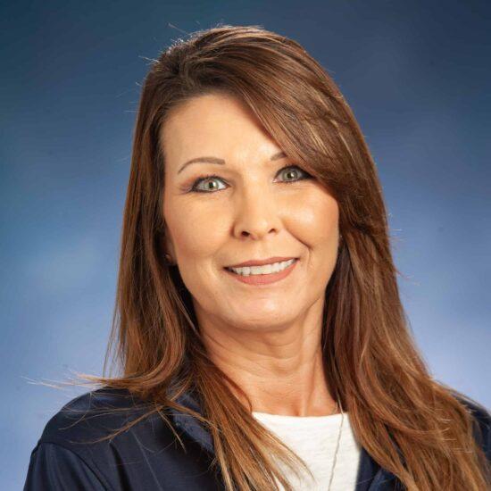 Lynda Weatherbee Headshot.