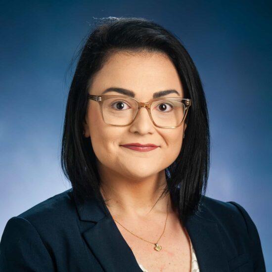 Victoria Kisluk Headshot.
