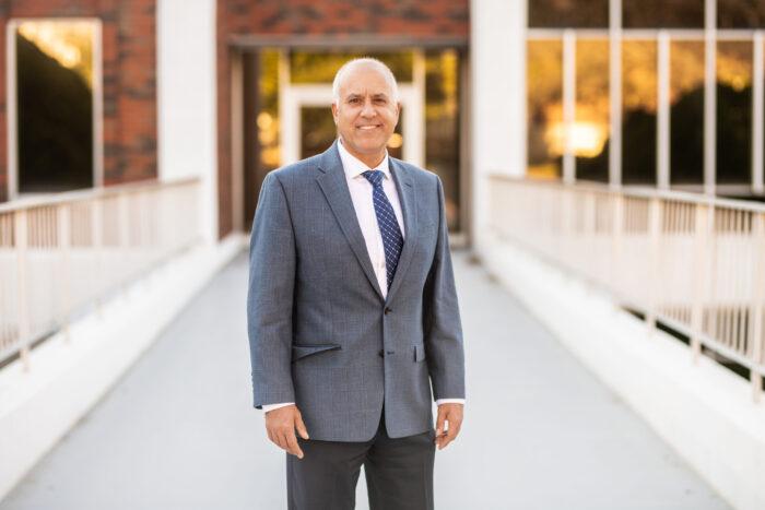 Dr. Mario Hayek