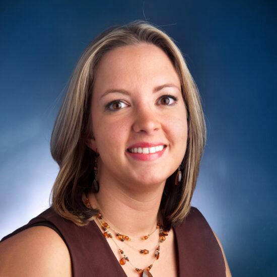 Stephanie Fiorisi Headshot.